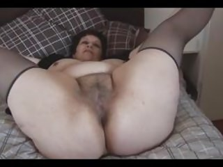 Busty mature BBW with big muted pussy