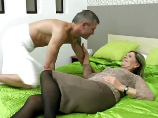 Sexy grandma suck and fuck lucky urchin