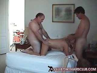 Velvet Swingers Club Amateur lifestyle couples become man swap