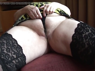 Curvy mature granny with fat round butt and hairy pussy