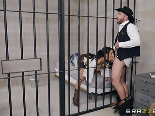 after a blowjob pretty Lela Star can't droop to crush in a hard cock