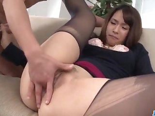 Yui Oba gets fucked because her pantyhose too sexy!