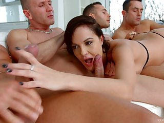 Ultimate blowbang dusting featuring skilled sucking head Dolly Diore