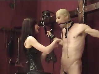bit of crumpet in thigh high boots has helpless man in her claws