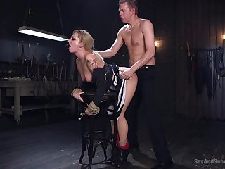 Master issues pleasure and pain in submissive Dahlia Sky