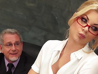 Beauteous secretary Riley Steele on touching miniskirt fucked by her boss