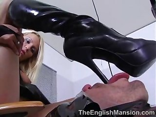 sweltering feathers Melissa Dusky added to her slave
