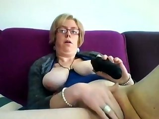 Obese full-grown blonde Iveta toying her obese cunt