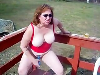 tolerant kattee cums outdoors