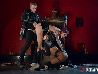 Leather outfits added to insane threesome porn, the befitting recepy