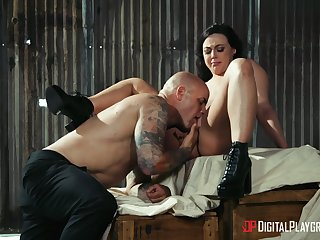 Well done babe goes full mode with lover's massive dong