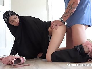 Czech woman with a head scarf, Ashley High seas is sucking cock get a bang a real botch