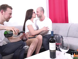 Two amateur guys fuck mouth, pussy and anus of Czech adult model Wendy Sputnik