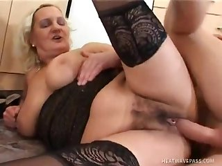 Mature Karla Gets Nailed Nice And Changeless blowing cock