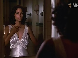 Super duper hot well known Hollywood actress Halle Berry is good within reach sex scenes