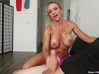 Milf Kenzie made him Spice - Over40Handjobs