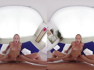 Naomis Filch Realizing POV VR