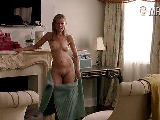 Sexy celebrity Kelly Deadmon reveals will not hear of naked body
