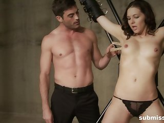Skinny hottie Sadie Holmes tied up to be tortured wide of a stud