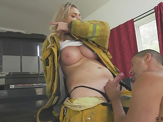 Busty firefighter has a quickie with a stranger and her heart of hearts are so succulent