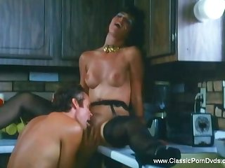 Casual Vintage Sex from Seventies Making An Arousement