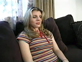 Amateur hooker gives in be transferred to ass for cash