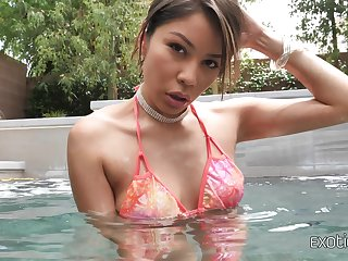 Asian stunner Sami Parker spreads her legs for a hard think the world of