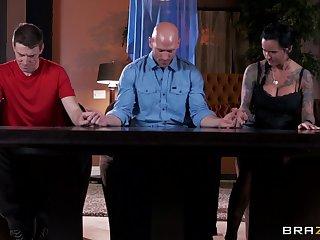 Pulling coxcomb with a long manhood fucks mature slut Eva Karera