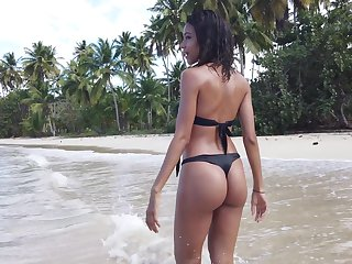 Beautiful bikini babe Abril flashes the brush pussy slothful and goes solo