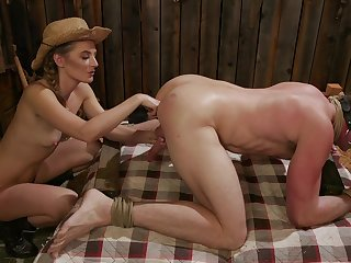 Blondie Mona Wales uses a strapon to fuck close-fisted butt of her spouse