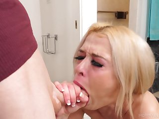 Beautiful model Tiffany Fox drops on her knees about suck a unearth