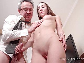 Prime Old Teacher - Hottie sucks dick to pass a examine