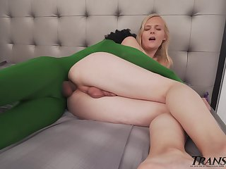 Transsexual Sofia Bun is fucked in mouth and anus away from one green man