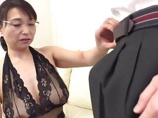 Busty Japanese mature Tokita Kozue enjoys pleasuring an amateur man