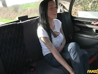 Cabbie Agrees To Help Tatted-Up Hottie Even if She Fucks Him Hard
